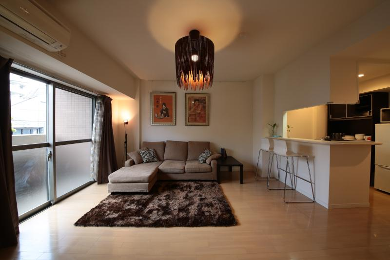 How to Keep Your Apartment Looking Spacious